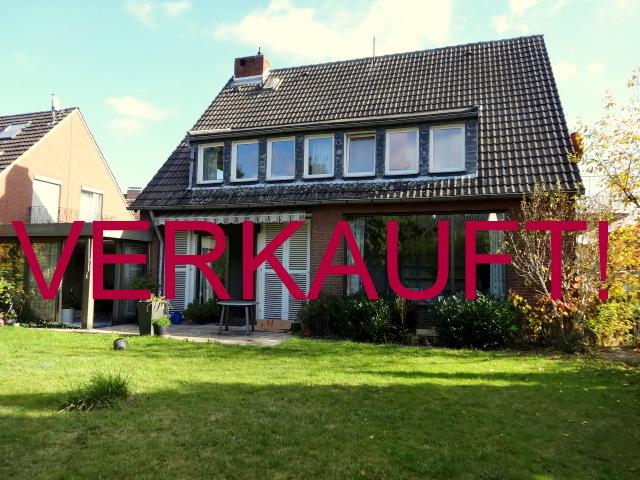 VERKAUFT! Freistehendes Einfamilienhaus mit Garten und Garage in der begehrten Vogelsiedlung in Unterrath/Grenze Stockum
