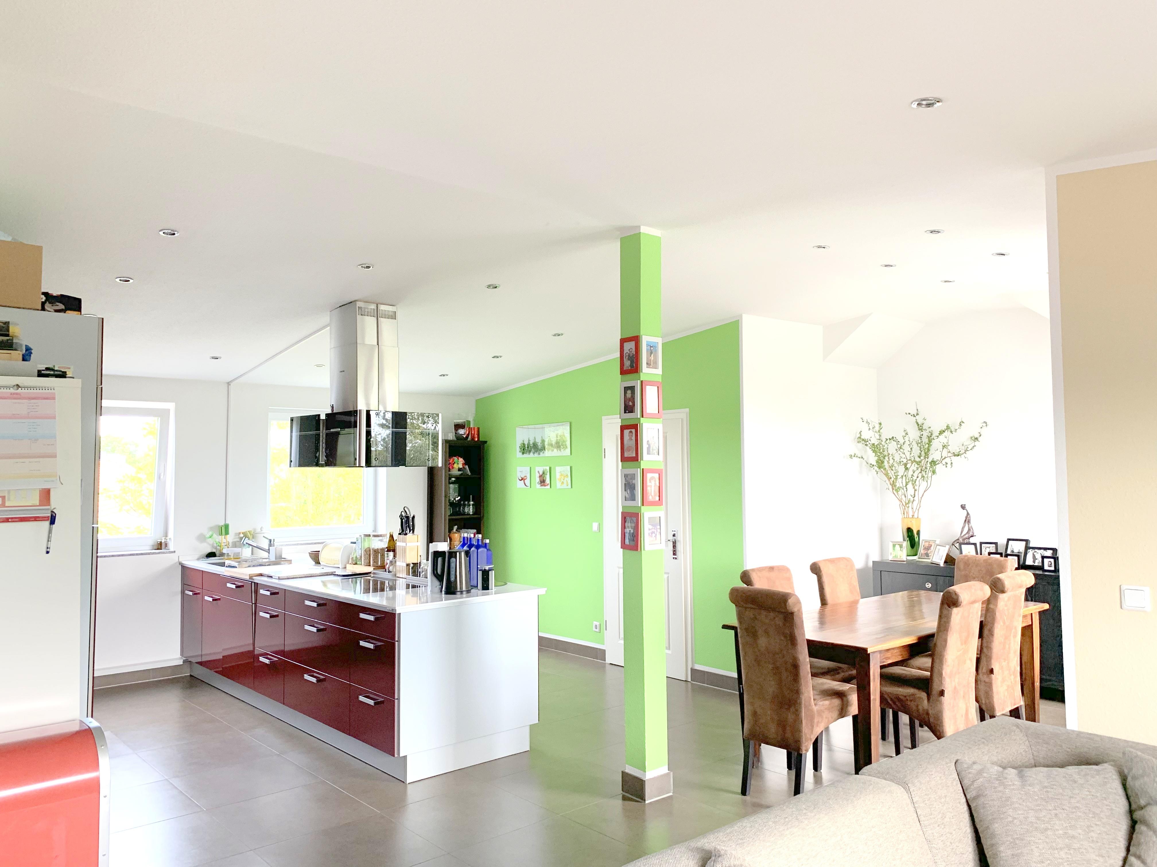 Wunderschöne Dachgeschosswohnung + Dachterrasse in Süd-West-Ausrichtung in beliebter Lage Unterraths