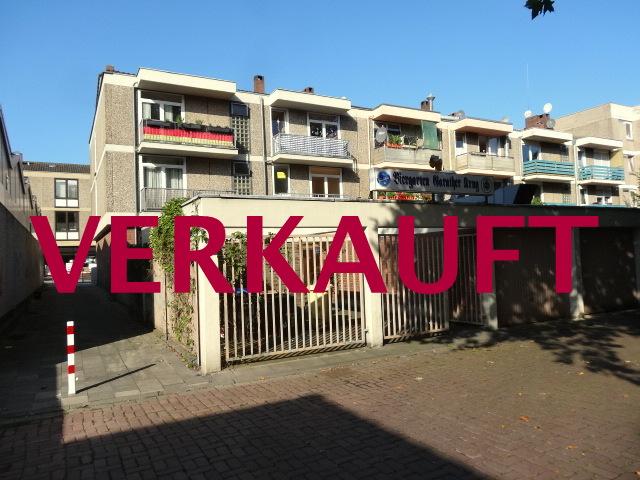 VERKAUFT! Renditeobjekt- Solides Wohn-und Geschäftshaus mit 2 Garagen in guter Einkaufslage