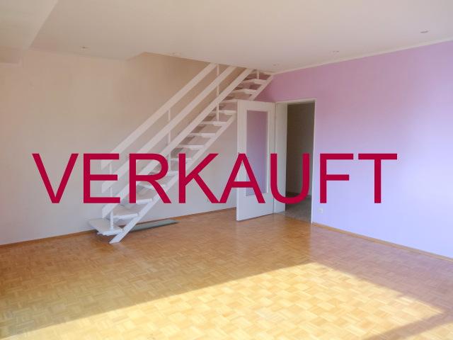 VERKAUFT! Schöne Maisonettewohnung mit Sonnenbalkon und Garage in Meerbusch-Lank