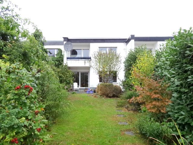 Fam.freundliches Reihenmittelhaus mit Garten+Garage in grüner Lage von Velbert-Langenberg,Nähe Essen