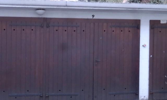 Garage im Innenhof