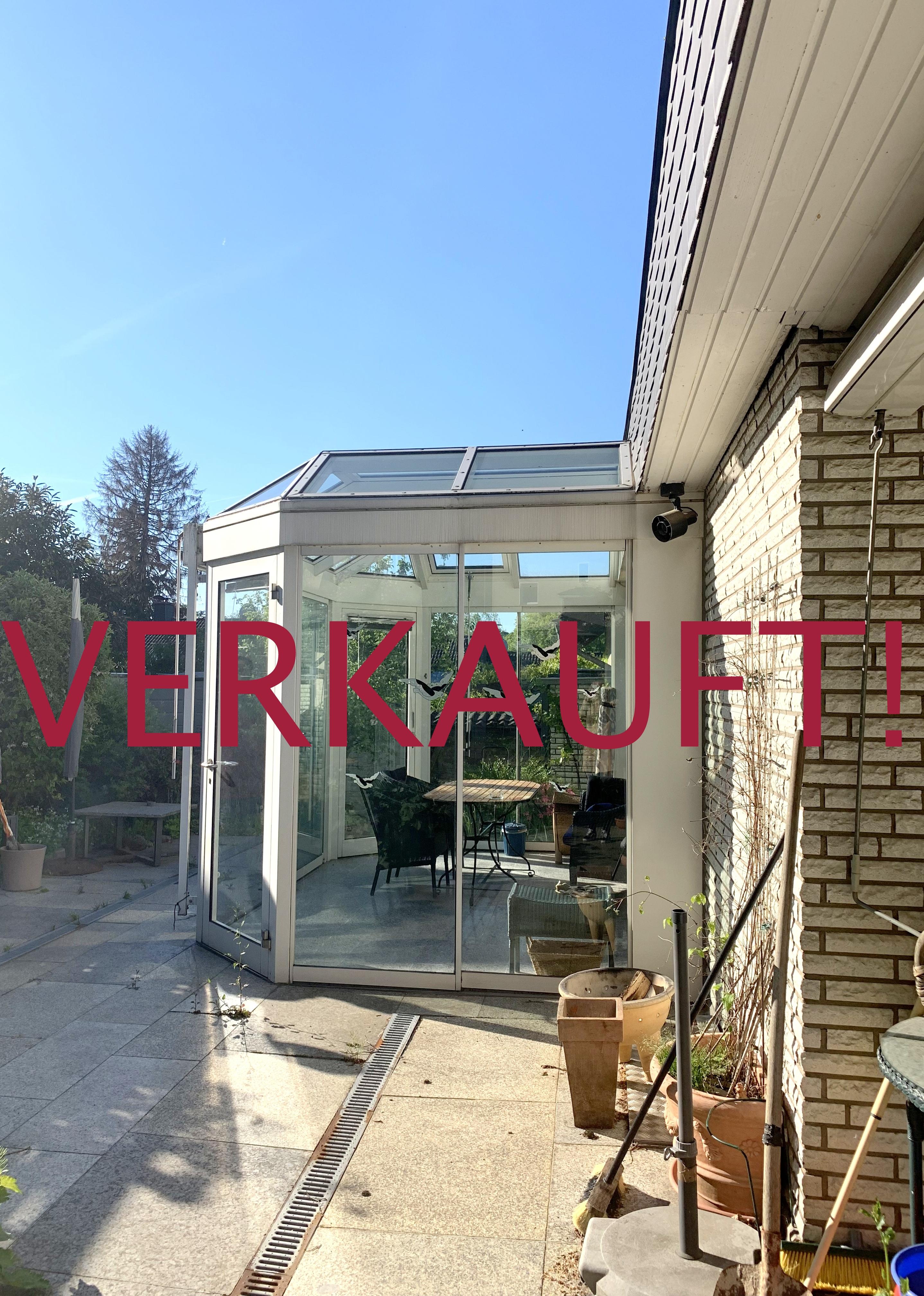 """VERKAUFT! Freistehendes Einfamilienhaus mit Einliegerwohnung + Garage im idyllischen Ort """"Schöller"""" von Wuppertal"""