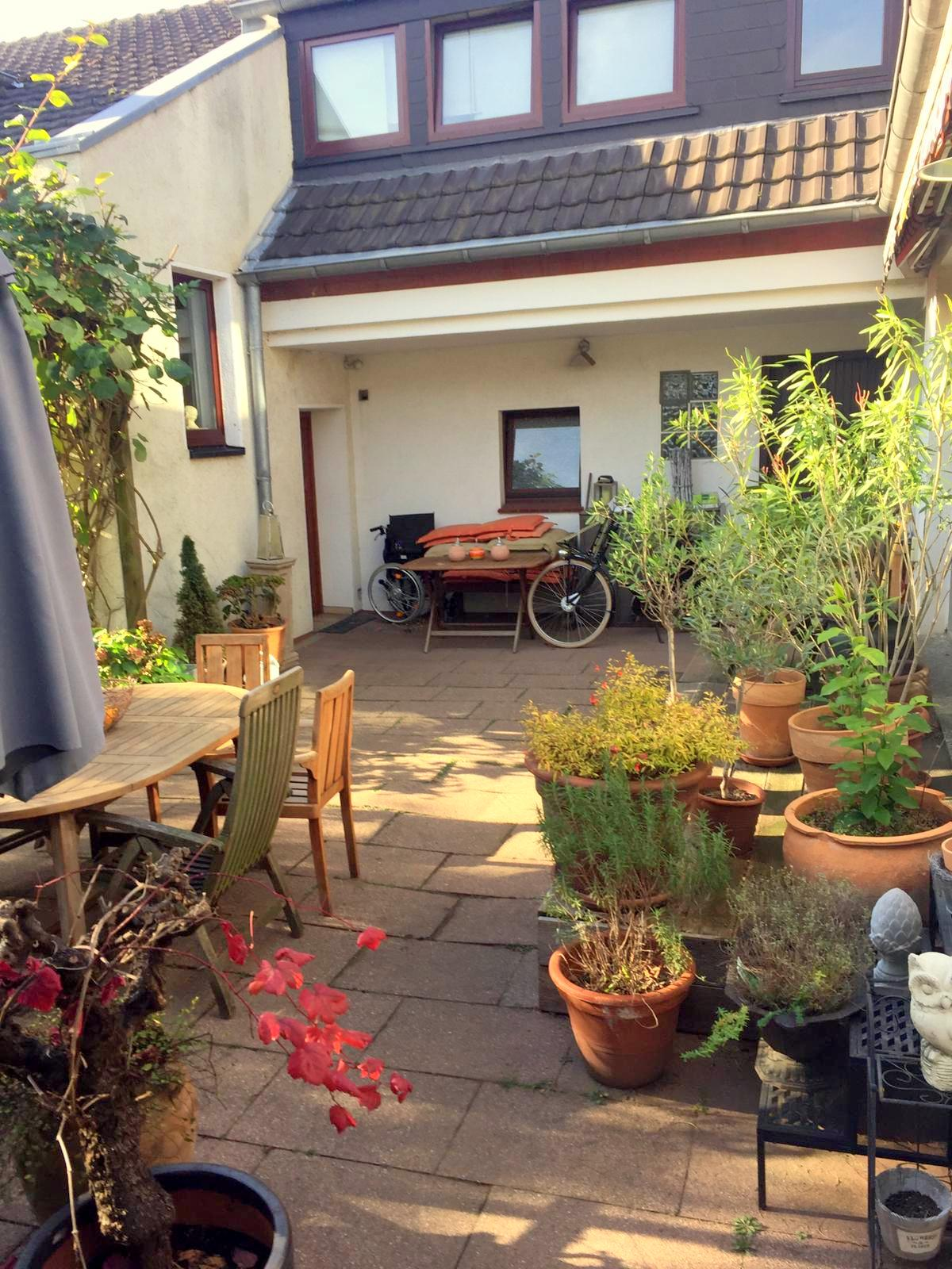 Schöne DHH mit Garten in Süd-West-Lage + 3 Stellpl. in der Vogelsiedlung Unterrath/Stockum