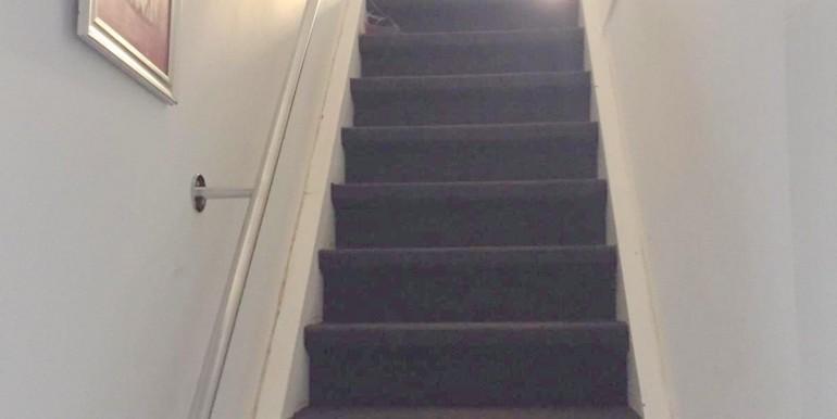 Treppenaufgang zum OG Haupthaus
